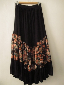 bohemian feel and frills keeps this long skirt from looking too matronly!