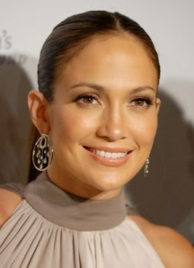 j-lo also rocking the no make-up look.  but we know she is probably wearing tons!